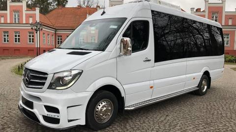 minibus 17 rent with driver